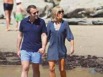 photos-emmanuel-macron-s-expose-avec-sa-femme-brigitte-et-un-nudiste-au-passage