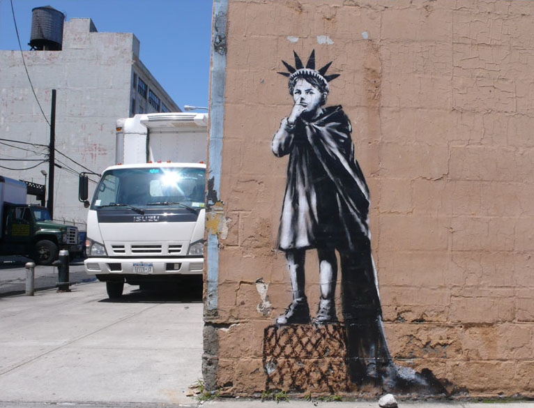 banksy-boy-as-statue-of-liberty