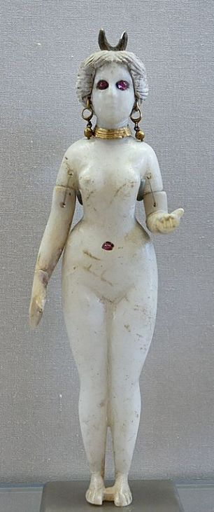 Statuette_Goddess_Louvre_AO20127