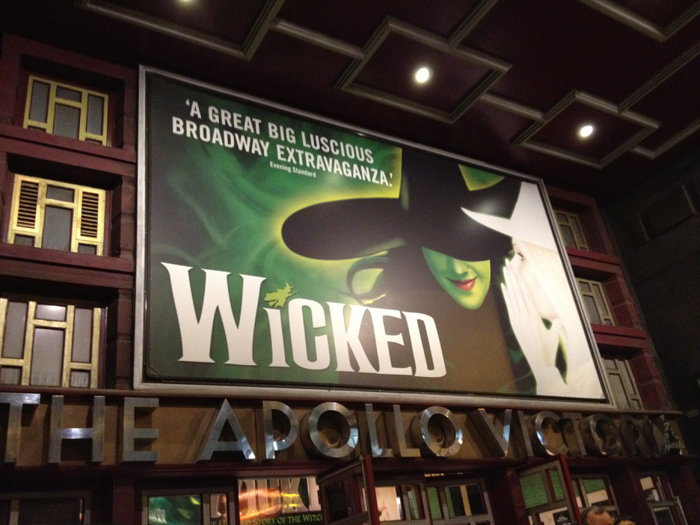 wicked-at-london-apollo-victoria.jpg
